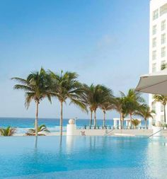 The all-inclusive Le Blanc Spa Resort in Cancun, Mexico  I <3 this resort!!!