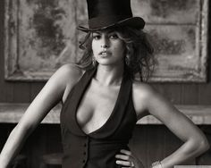 Eva Mendes Black White
