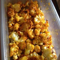 Bite-size cauliflower pieces are coated in a sweet and savory spice blend and roasted into a popcorn-like treat you can serve as a side dish or snack. Cauliflower Popcorn, Vegan Cauliflower, Cauliflower Recipes, Side Dish Recipes, Vegetable Recipes, Vegetarian Recipes, Cooking Recipes, Healthy Recipes, Protein Recipes