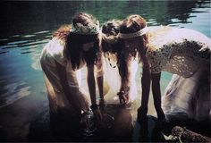 I want photos like this with my beautiful girlfriends...by AËLA LABBÉ