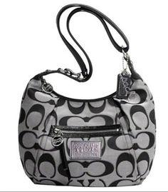 Imagine this #shoulder handbag on your beautiful #shoulder