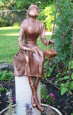 RL Fitzpatrick creates garden sculptures using Paverpol