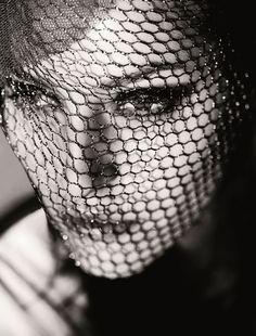 Жената днес, фотограф Никола Борисов