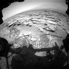 Curiosity rover at Shaler rock outcrop http://themeridianijournal.com/2013/06/curiosity-rover-at-shaler-rock-outcrop