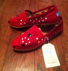 Ladybug handpainted TOMS shoes by SolesoftheSouth on Etsy, $80.00