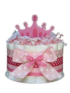 Little Princess Baby Shower Diaper cake. Perfect size for baby shower table centerpieces. Baby Cakes, Baby Shower Cakes, Mesa Dulces Baby Shower, Small Diaper Cakes, Princess Diaper Cakes, Baby Shower Diapers, Baby Shower Themes, Baby Shower Gifts, Shower Ideas