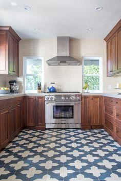 Bold & Beautiful Patterned Kitchen Floors in Real Homes