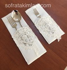 table napkin layout – Home Decorating Piping Tutorial, Creation Deco, Diy Table, Table Napkin, Diy Home Crafts, Decoration Table, Wooden Diy, Dinner Table, Diy Gifts