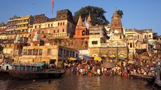 Hindus in India consider the Ganges River to be holy. Each morning, scores of pilgrims and priests gather at the riverbanks to bathe and perform various rituals.