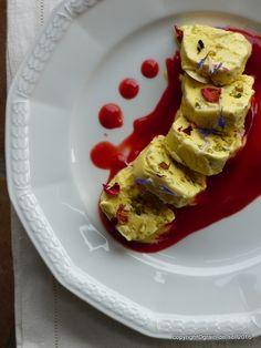 Gästedessert: Honig-Pistazien-Pinien-Parfait