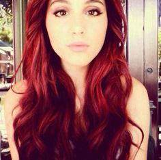 Ariana Grande hair, if only i were brave enough...