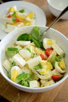 salata simpla de cartofi - dressing de iaurt Healthy Salad Recipes, Smoothie Recipes, Gnocchi Salat, Tapas, Good Food, Yummy Food, Romanian Food, Healthy Life, Food Porn