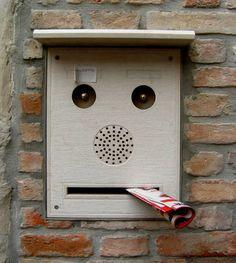 Pareidolia Craziness: 15 Curious Faces Found In Unexpected Places - Oddee.com (pareidolia)