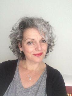 Grey Curly Hair, Silver Grey Hair, Short Grey Hair, Curly Hair Styles, Grey Hair Over 50, Grey Hair Looks, Curly Pixie Hairstyles, Grey Hair Inspiration, Gray Hair Growing Out