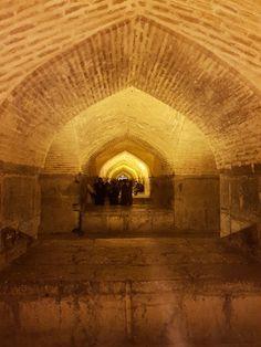 Si-o-se Pol. where lovers meet at night. Isfahan Iran