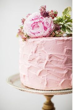 pink soft iced cake with pretty florals - Read more on http://onefabday.com/pink-green-black-gold-wedding-table/