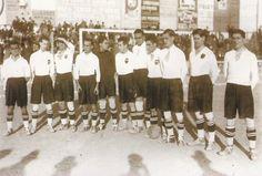 EL VALENCIA DE EDUARDO CUBELLS: El equipo del Valencia C.F. en 1923, recién inaugurado el campo de Mestalla compuesto por Marín, Simarro, Reverter, Cubells, Mariano, Estevan, Montes, Rino, Peral, Piñol y Sirvent.