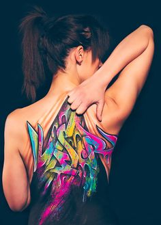 Graffiti, Jolie Fille, Illusion et Body Painting…