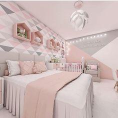 Bom dia! E aí o que acharam desse quarto sofisticado e com tonalidades de cores em perfeita harmonia.... Projeto por》 @lotus.studioarq
