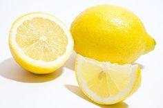 Pohár teplej vody scitrónom vypitý ráno analačno môže pozitívne ovplyvniť vaše zdravie ahlavne vám zaistí prísun vitamínu C. Skúste vymeniť…
