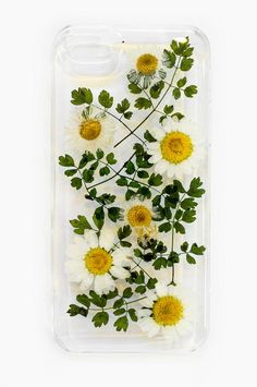 We love the unexpected combo of real, dried flowers mixed with modern technology. The clear case allows the beauty of the flowers to really stand out against your phone.