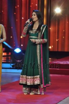 Green Dress/anarkali suit/churidar suits,indian suits,pakistani suits,lengha sarees/lenghas/patialla suit/long dressess/bridesmaids dress/br...