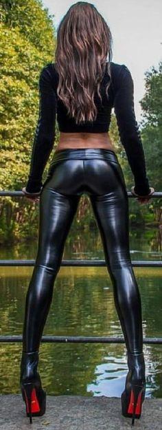 Pekné čierne pussy.com