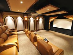 90 Home Theater & Media Room Ideas (Photos) Check out these pictures of min. 90 Home Theater & Media Room Ideas (Photos) Check out these pictures of mind-blowing home thea Home Theaters, Movie Theater Rooms, Cinema Room, Theatre Rooms, Theater Times, Home Entertainment, Media Room Design, Home Theater Design, Theater Seating