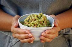 Guacamole Guacamole, Paleo, Mexican, Sweets, Bread, Ethnic Recipes, Food, Goodies, Beach Wrap