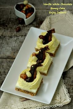 Prajitura cu crema de vanilie si ciocolata alba