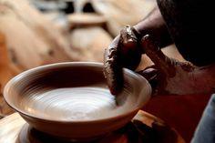 Making pottery in Rishtan, Uzbekistan. Radio Ozodlik.