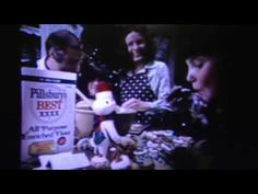 This 1975 Christmas TV commercial for Pillsbury Best Flour features ideas for making Toll House chocolate chip cookies (with a deal or something like that fr. Toll House, Pillsbury, Tv Commercials, 1970s, Cookie, Words, Youtube, Christmas, Vintage