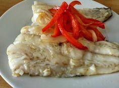 Aprende a preparar bacalao a la plancha con pimientos rojos con esta rica y fácil receta. ¿Queréis saber cómo preparar bacalao de manera sana y en poco tiempo? Si lo...
