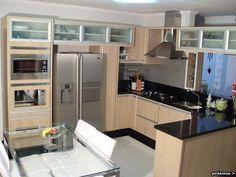 Estilo mais moderno de cozinha planejada (Foto: Designer de Interiores Org)