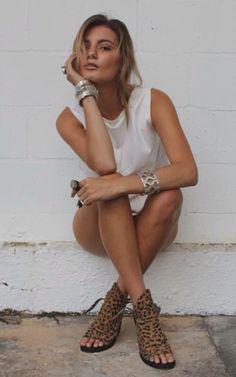 Women's fashion | Chic summer white dress, accessories