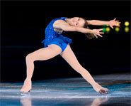 After winning a silver medal at the 2006 Winter Olympics, Sasha Cohen is going for gold at the World Figure Skating Championships. Check out pictures, photos, and a bio of Olympic figure skater, Sasha Cohen. World Figure Skating Championships, Going For Gold, Kids Sports, Ice Skating, Biography, Picture Photo, Athletes, Skate