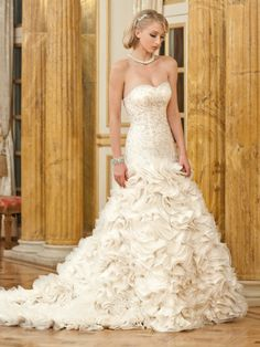 Browse beautiful wedding dresses and find the perfect gown to suit your bridal style. Filter by designer, silhouette or type to find your perfect dress. Stunning Wedding Dresses, Wedding Dresses Photos, Dream Wedding Dresses, Wedding Dressses, Gorgeous Dress, Gown Wedding, Wedding Inspiration, Wedding Ideas, Wedding Stuff