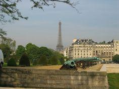 A guide to Paris, France