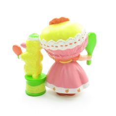 http://www.browneyedrose.com/collections/peach-blush-melonie-belle/products/peach-blush-with-melonie-belle-getting-ready-for-bed-miniature-figurine-rare