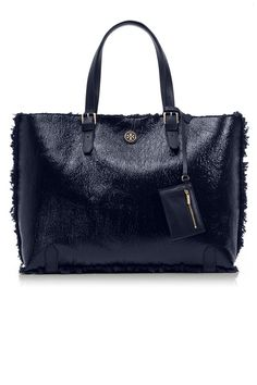 elle-tory-burch-patent-shearling-tote
