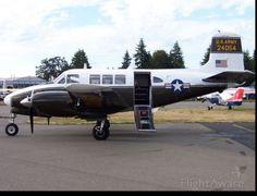 Beechcraft Queen Air (65) (twin-piston) (BE65) Aircraft ✈ FlightAware