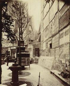 Rue Saint-Jacques, Angle rue Saint Séverin, 1900, Eugene Atget. (1857 - 1927)