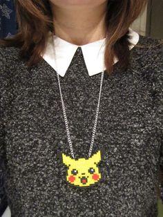 Bijou Collier Pikachu pokémon perle hama par DoucesCreations