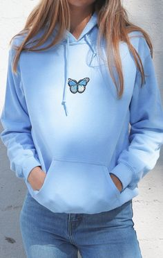 Girl Outfits, Casual Outfits, Cute Outfits, Fashion Outfits, Blue Aesthetic Pastel, Hoodie Outfit, Sweatpants Outfit, Blue Hoodie, Colorful Hoodies