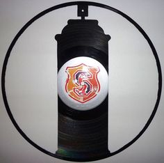 Vinyl Records' second life #design #skill #beautiful #dscovered