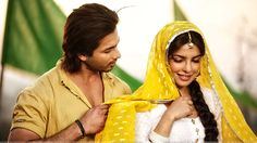 Teri Meri Kahaani Priyanka Chopra And Shahid Kapoor Talking With