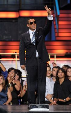 Daddy Yankee Photos Photos - Rapper Daddy Yankee speaks onstage at the 2010 Billboard Latin Music Awards at Coliseo de Puerto Rico José Miguel Agrelot on April 29, 2010 in San Juan, Puerto Rico. - 2010 Billboard Latin Music Awards - Show