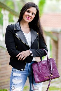 Destroy jeans and biker jacket bolso Bimba y Lola handbag look rockero Crimenes de la Moda blog