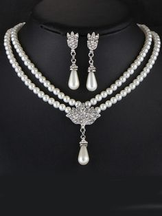 Elegance Pearl Rhinestone Necklace And Earring