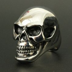 Large Polished 316L Stainless Steel Skull Ring